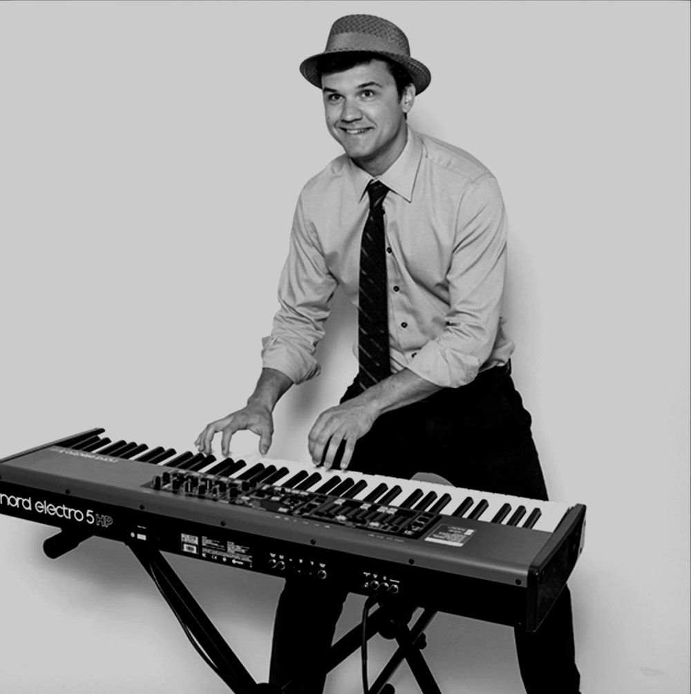 pianist - KEELAN DIMICK