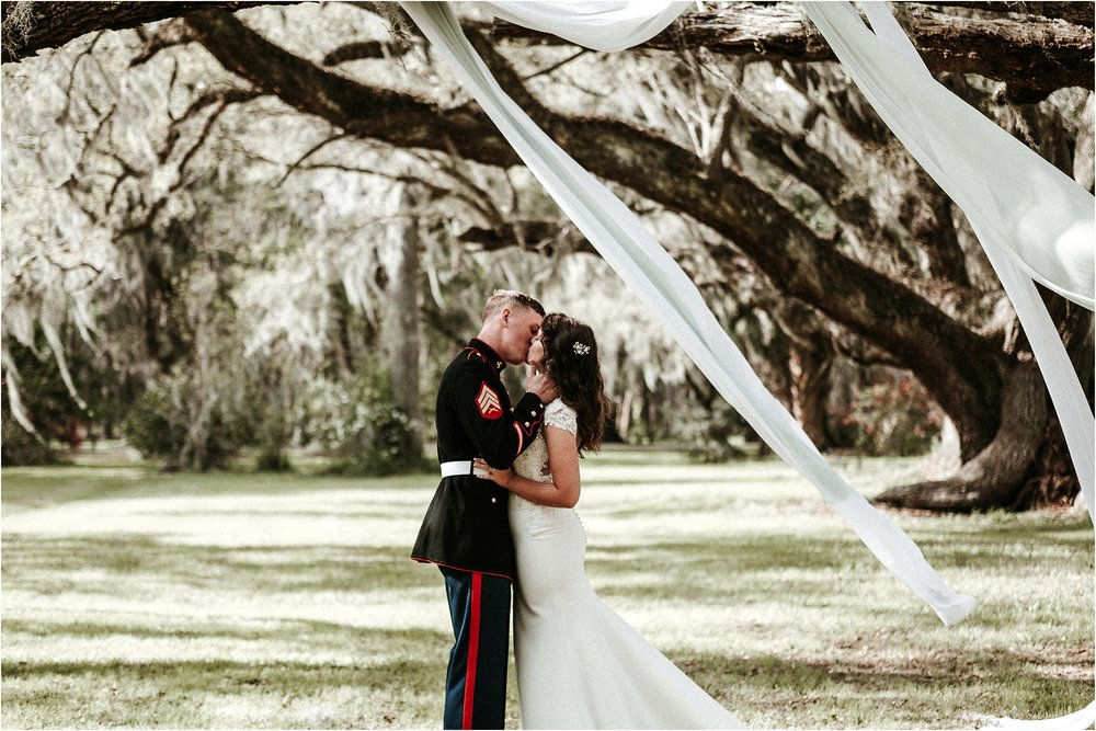 Magnolia-Plantation-charleston-elopement-photographer_0050.jpg