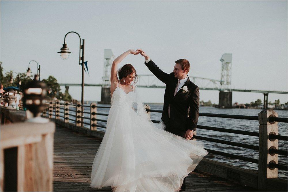 Riverwalk-Landing-wedding-wilmington-NC_0039.jpg