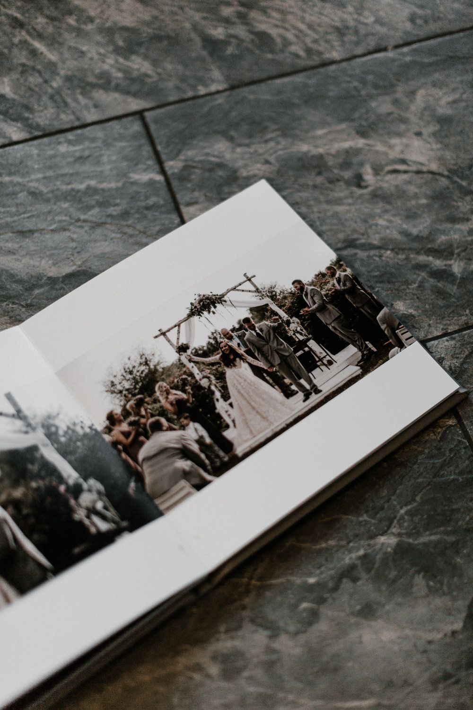 avonne-photography-wedding-albums-2.jpg