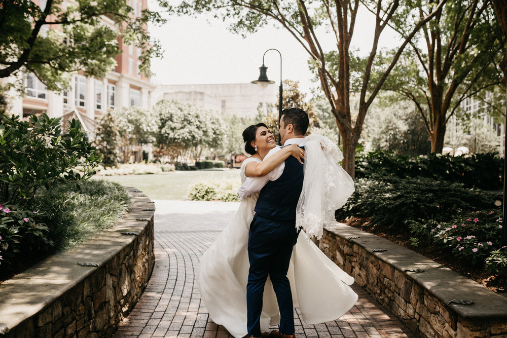 Charlotte Wedding Photographer Blog   Avonné Photography