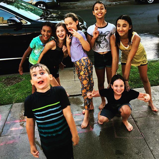 Boy#girls #boymeetsgirls#waterfight #hotinthecity