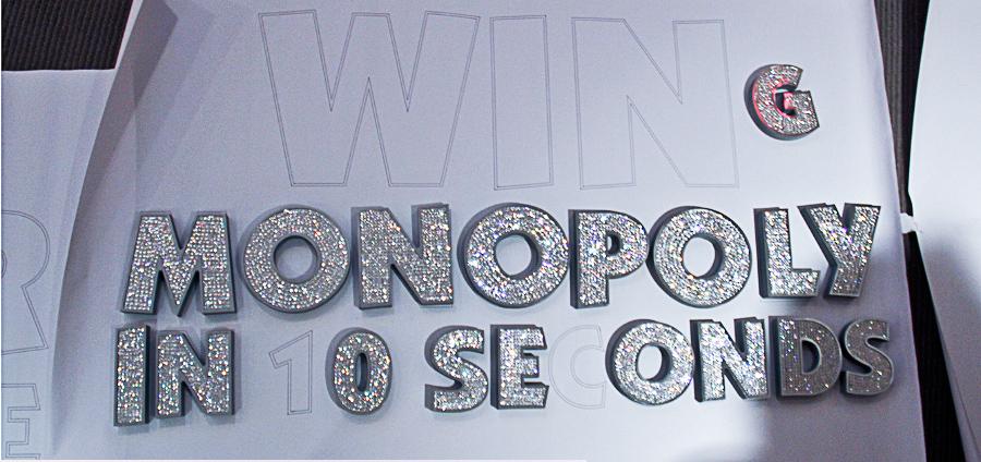 swarovski-typography-by-camilo-rojas-new-2_900.jpg