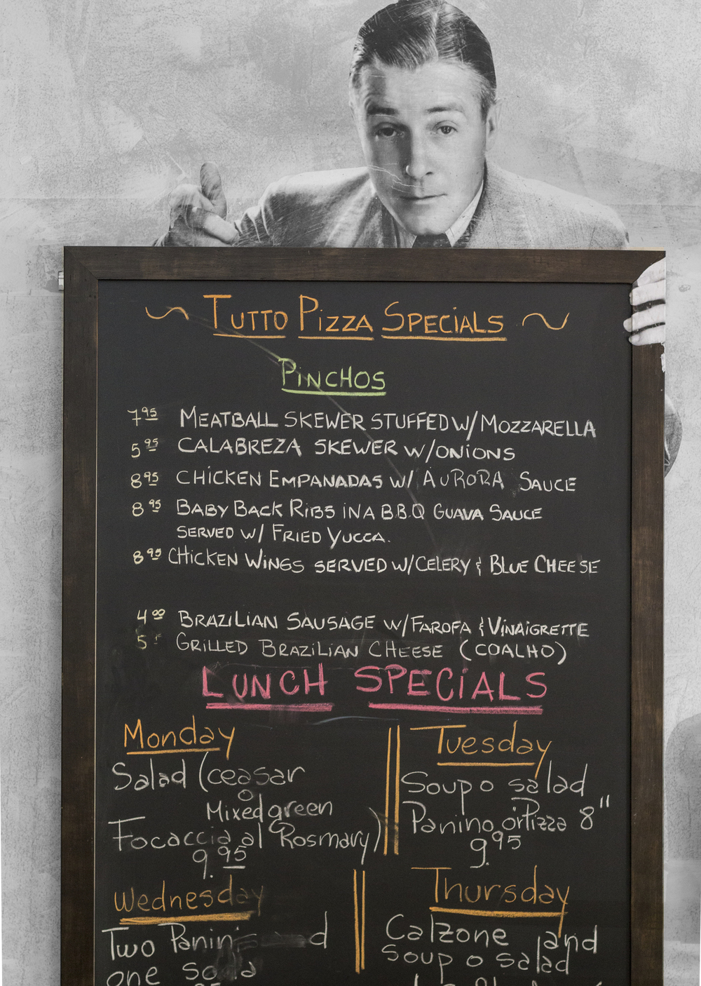 tutto-pizza-menu.jpg