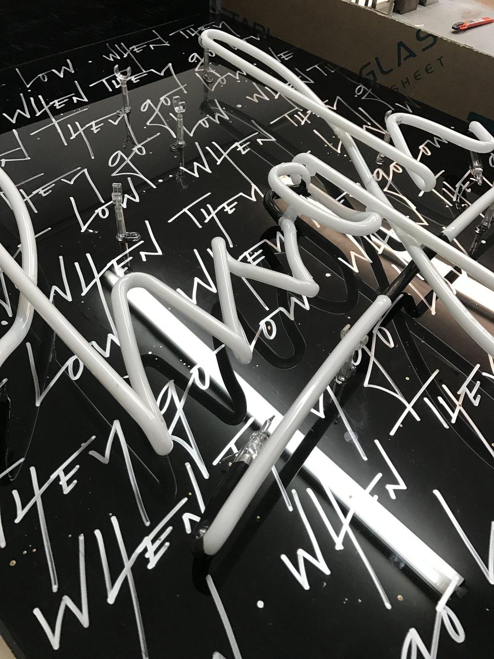 cr-eate-neon-art-calligraphy.JPG