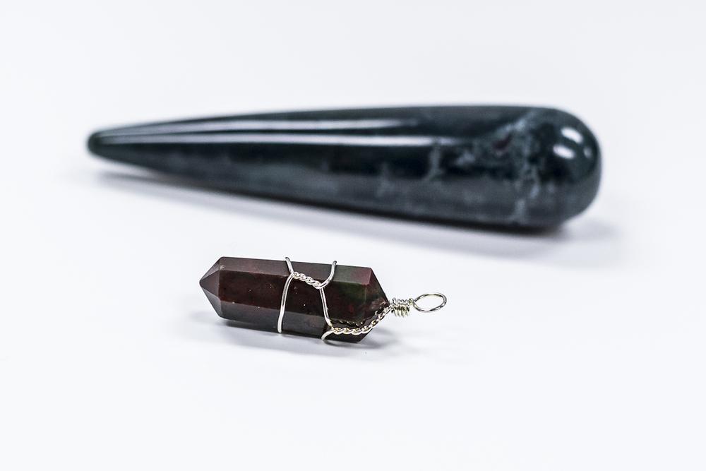Edmonton-Crystals-Bloodstone