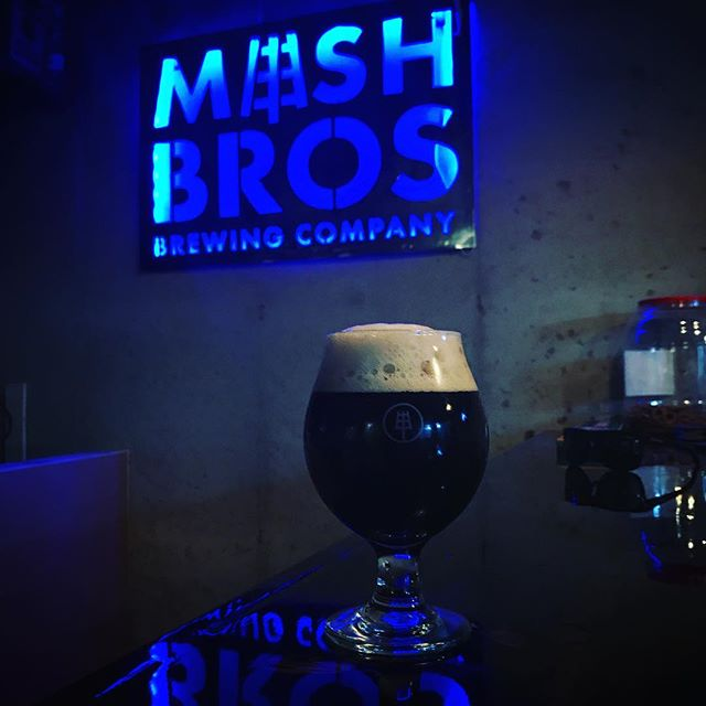 Not So Mild clocks in around 3% and drinks like a cold brew coffee (no coffee added). Full of flavor and insanely drink-a-shit-ton-able. . . . . . #mashbros #mashtastic #mashbrosbeer #beer #craftbeer #iowabeer #instabeer #iowa #cedarrapids #iowacity #local #drinklocal #brew #brewing