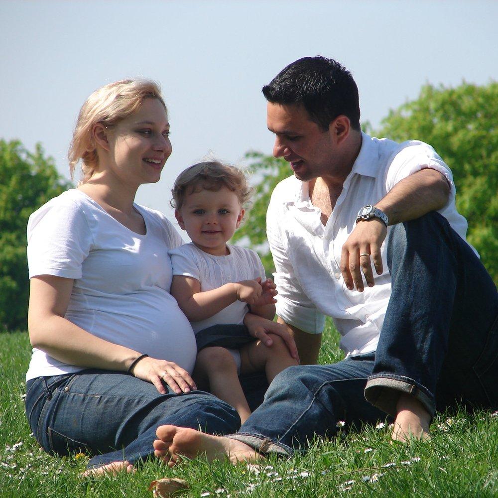 family-1246995.jpg