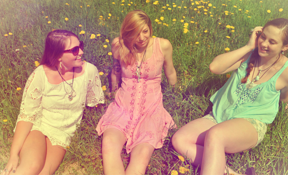 Three beautiful girls, a bright sunny day, and lots of And Zen Some energy.   [left to right] Ally Heavey, Amber Way, Inda Gillett