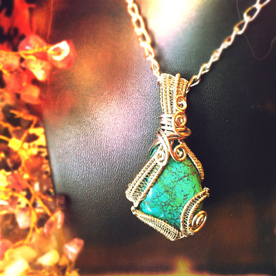 Click the photo above to read more about what Chrysocolla can offer.