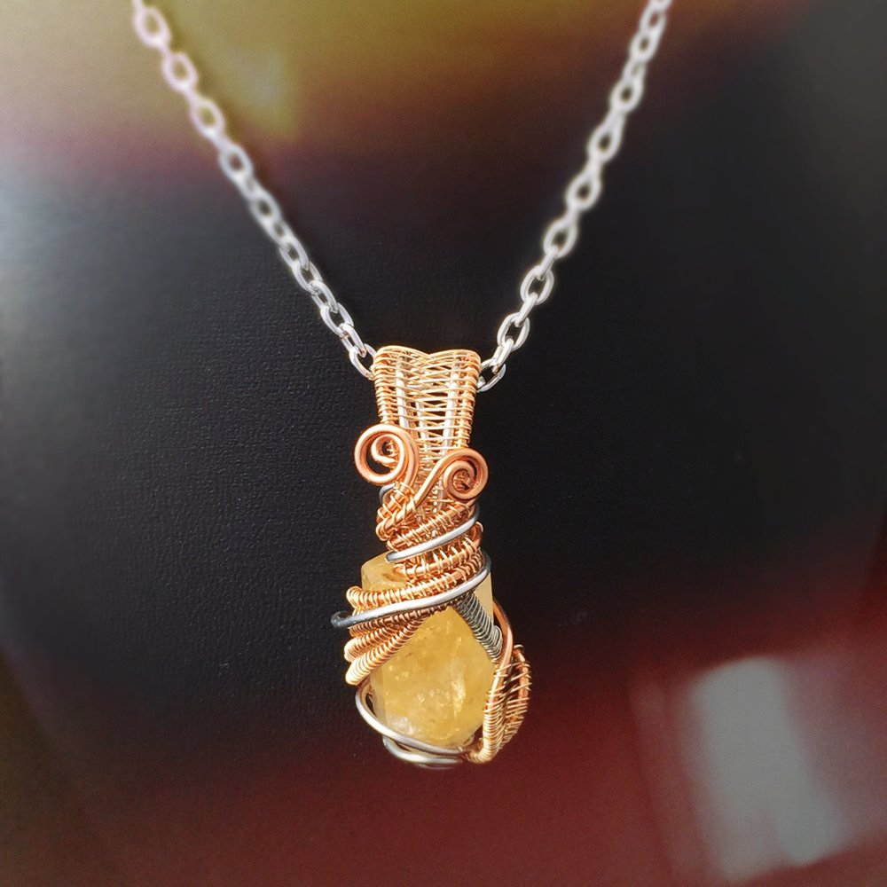 Citrine is one of the best healing crystals and stones for the digestive system. It can heal the kidneys, stomach, gall bladder, GERD, pancreas, constipation, and more. This healing crystal can bring so much relief for any digestion issue.