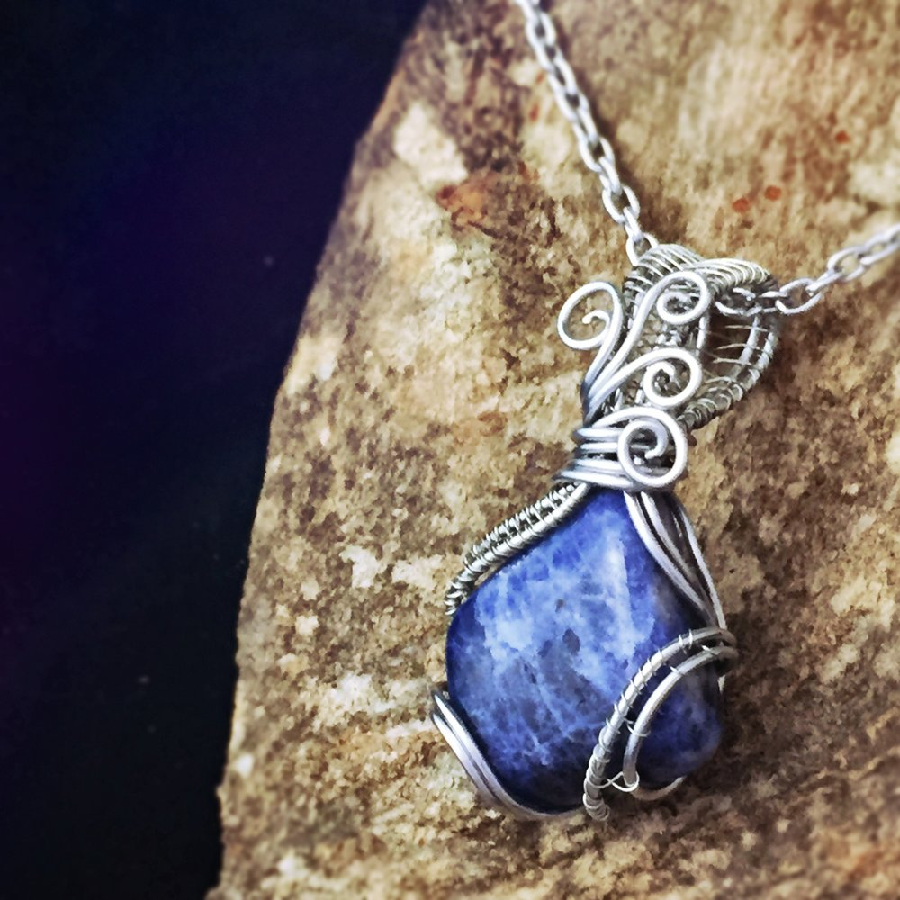 Sodalite is one of the best healing stones for Sag energy. Get this And Zen Some original by clicking here!