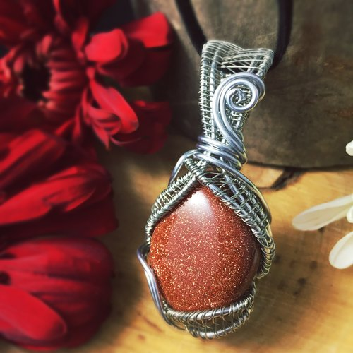 en crystal polished necklace goldstone necklaces with
