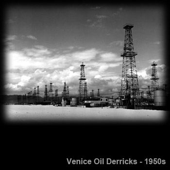 Venice-Oil-Derricks.png