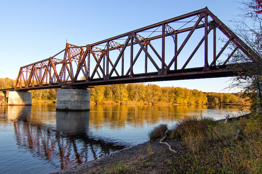 trestle_bridge_fall_sm.jpg