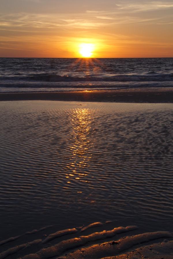 sunset_textures_vert_sm.jpg