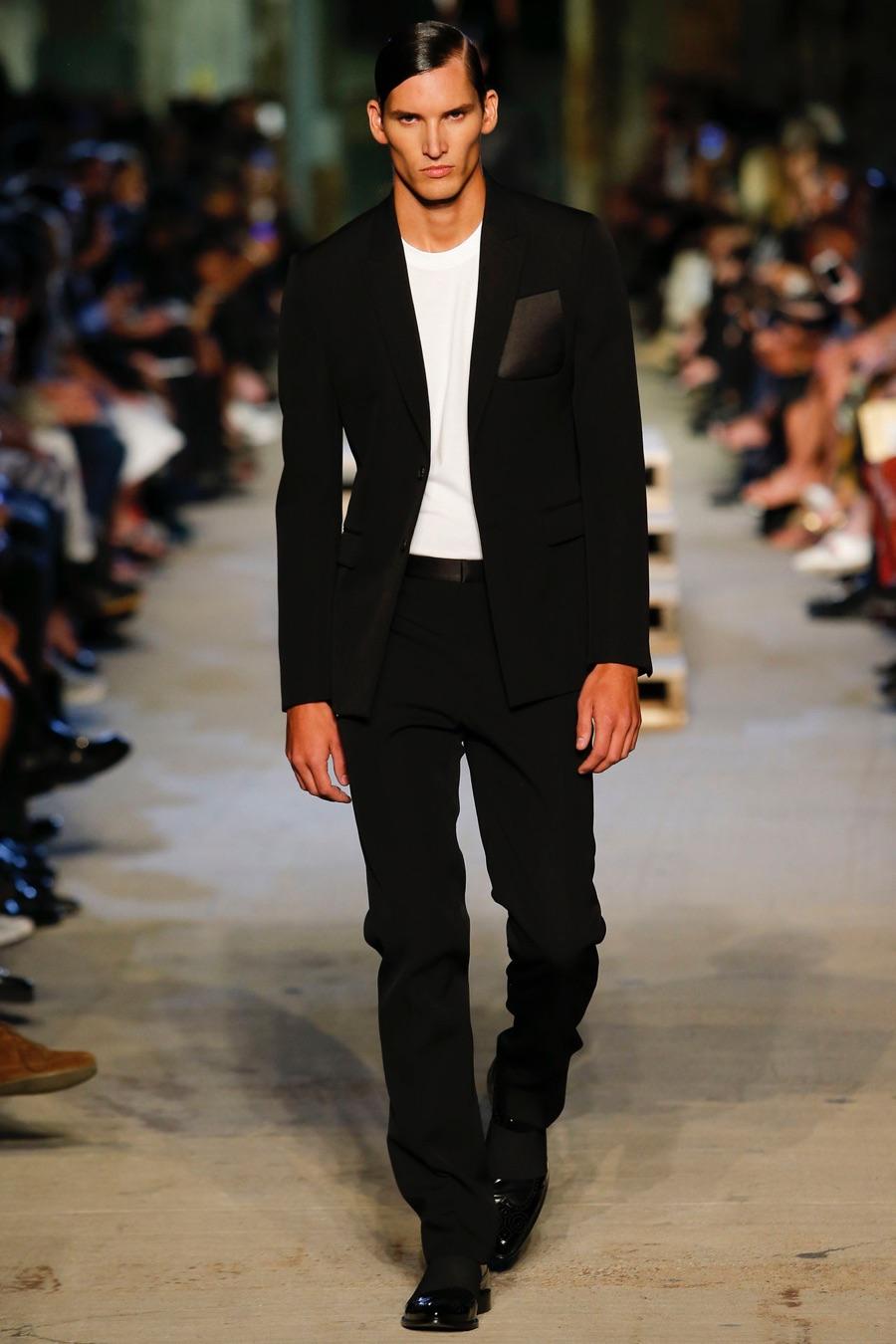 Givenchy-Spring-Summer-2016-Menswear-Collection-New-York-Fashion-Week-011.jpg