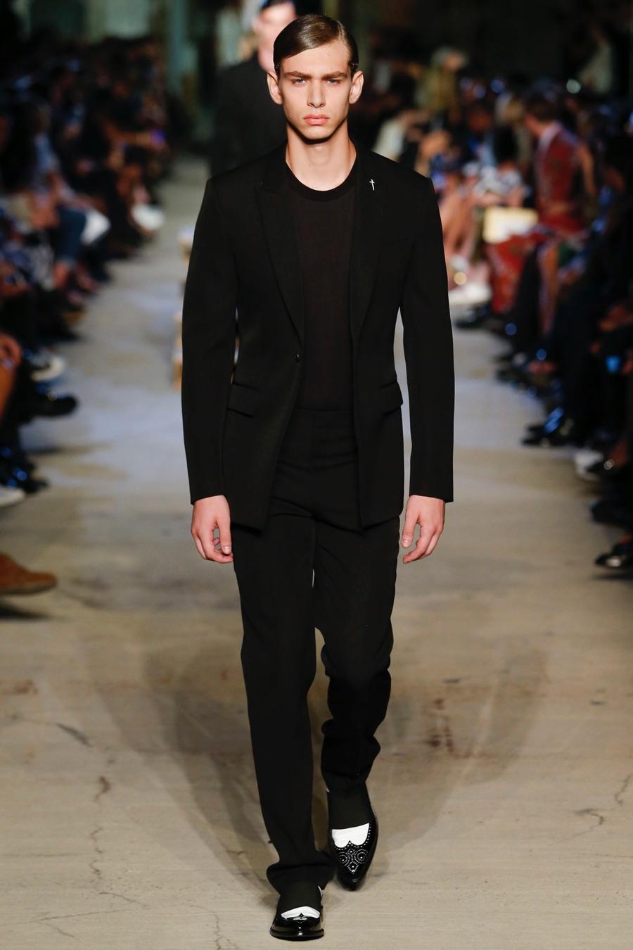 Givenchy-Spring-Summer-2016-Menswear-Collection-New-York-Fashion-Week-010.jpg