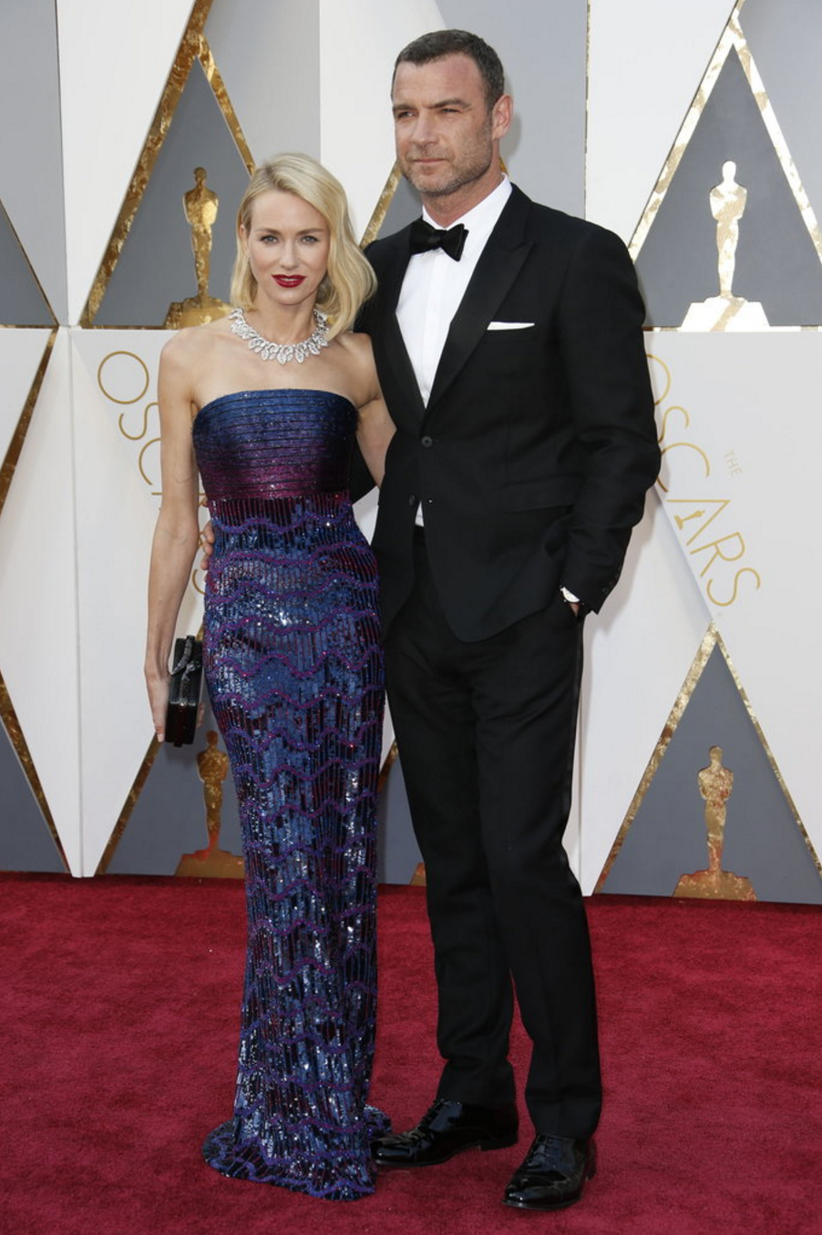 Naomi Watts in Armani Privé and Liev Schreiber