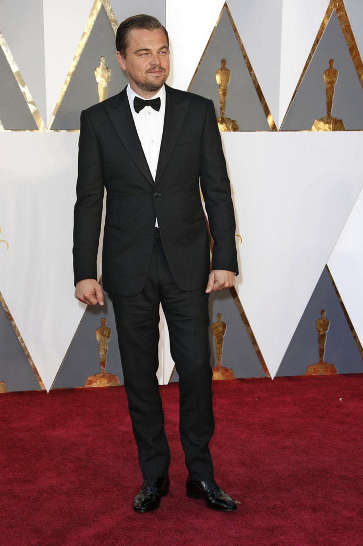 Leonardo DiCaprio in Giorgio Armani.