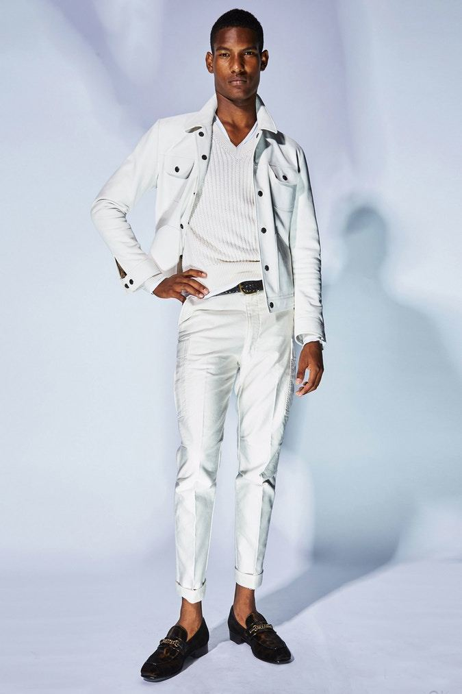 tom-ford-ss18-milan-fashion-week-mens-14.jpg