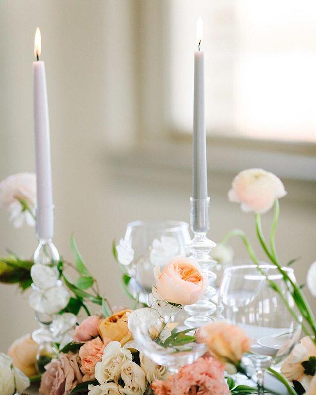 whimsical blooms. ⠀⠀⠀⠀⠀⠀⠀⠀⠀ flowers & styling / @bloomdallas photo / @jeffbrummettvisuals  venue / @jeffersontowerevents ⠀⠀⠀⠀⠀⠀⠀⠀⠀ #bloomdallas #bloom #thedallascoterie #coterie #dallasweddings #dallastx #dallasflorist #bishoparts #oakcliff #girlgang #girlboss #weddingday #weddinginspiration #bride #engaged #stylemepretty #ruffledblooms #ruffledworthy #livefolk #kinfolk #thatsdarling #ohwowyes #pursuepretty #bloomcolorfully #flowerlibrary #floweroftheday #flowerporn #flowerstagram