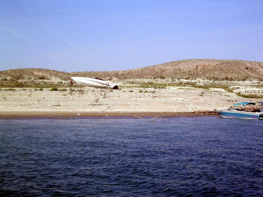 beach-boat2.jpg