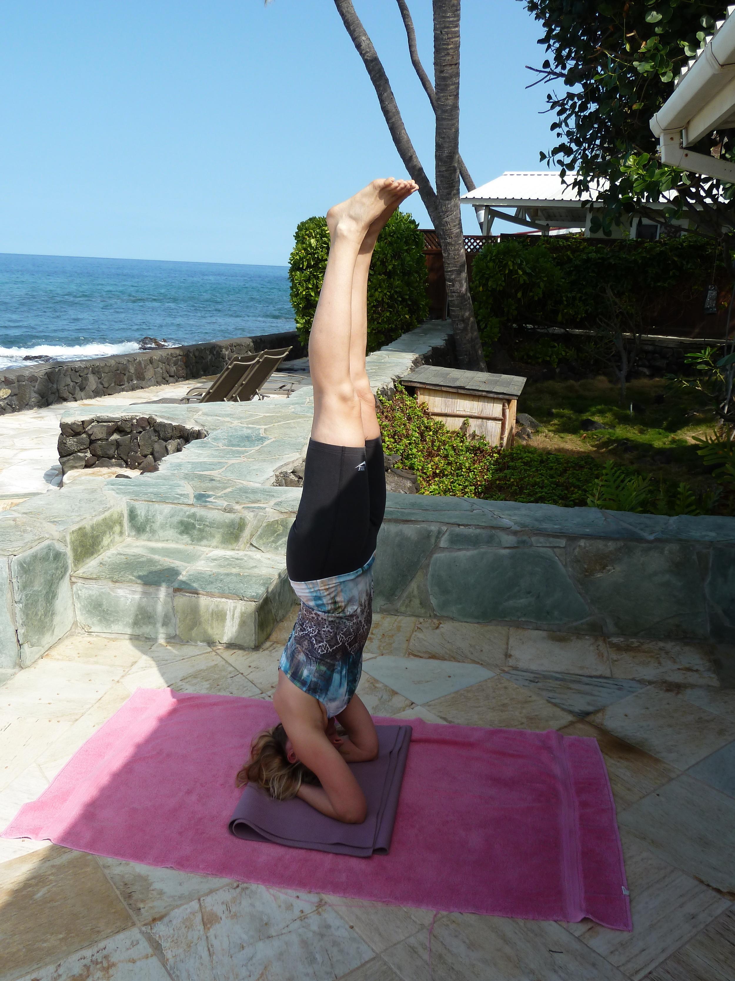 headstand Hawaii Nat