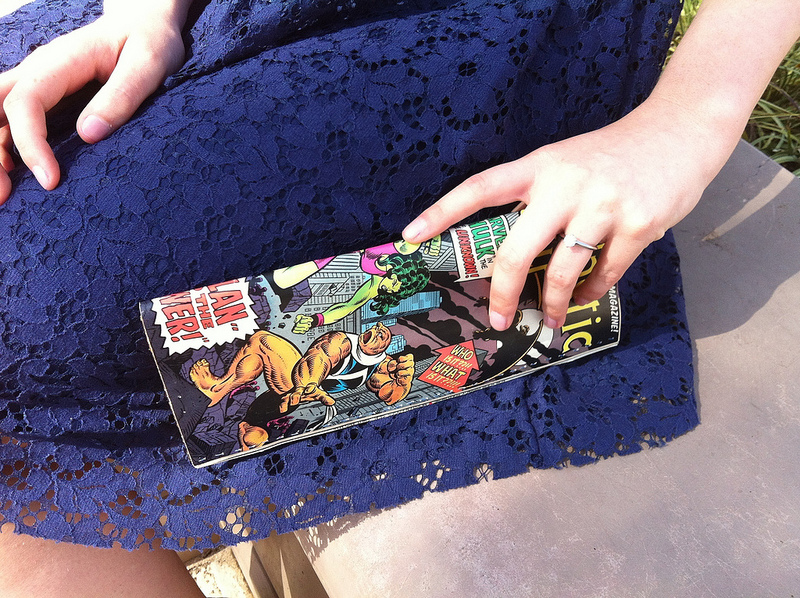 It's a comic! It's a clutch! No, it's both! This super cute purse takes a little effort, but the results look amazing!