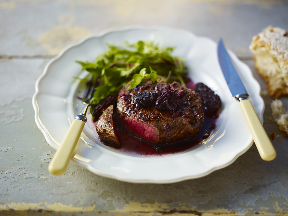 40 Fillet steak with morel mushroom sauce.jpg
