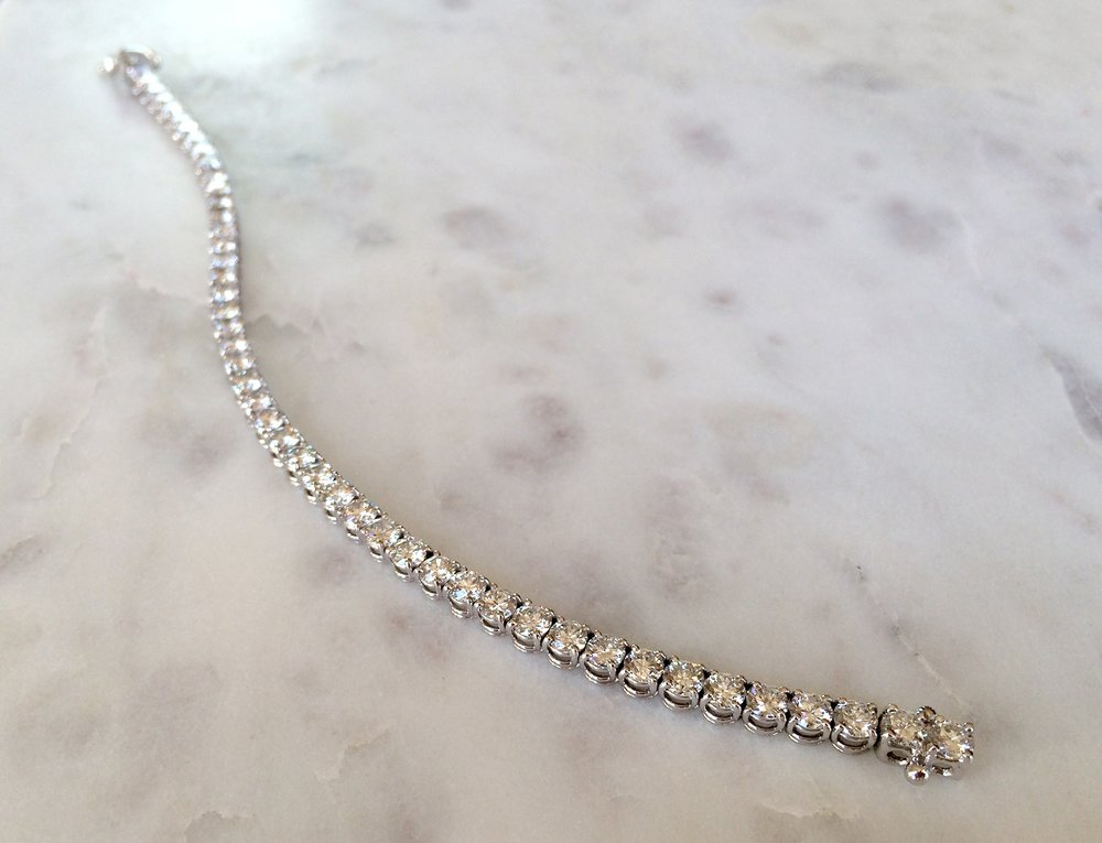 diamond_necklace_v01.jpg