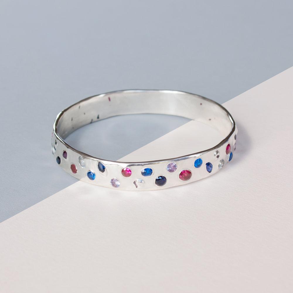 Silver_Bracelet_v01_sq.jpg