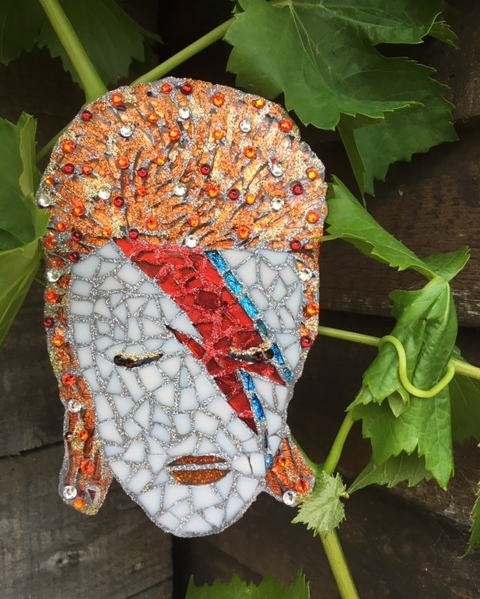 The finished article! A totally unique David Bowie mosaic clip.