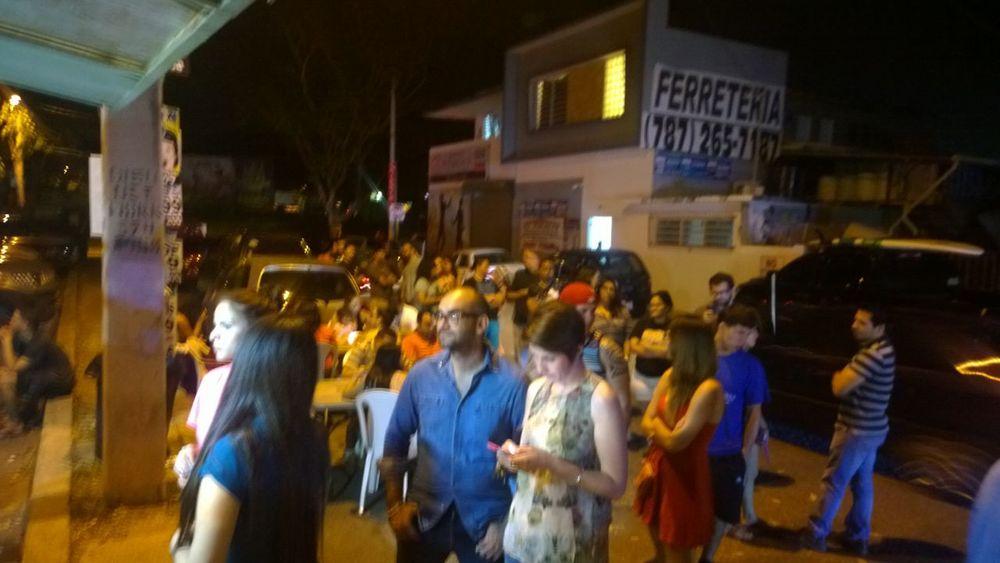 """La Sambuca Foodtruck llena de """"sambuclientes"""" luego del acontecimiento. - Foto suministrada por Adrián Otero"""
