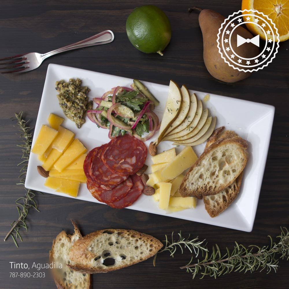 """Combo cheese platter"", de   Tinto  , Aguadilla"