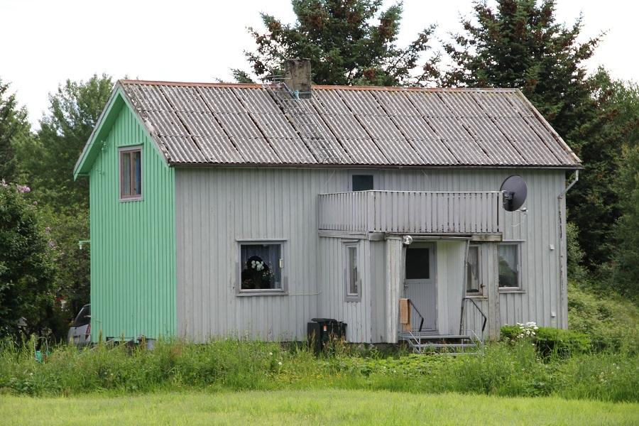 Halvmalt hus.