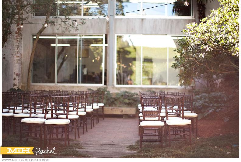 courtyardscobblestones001.jpg