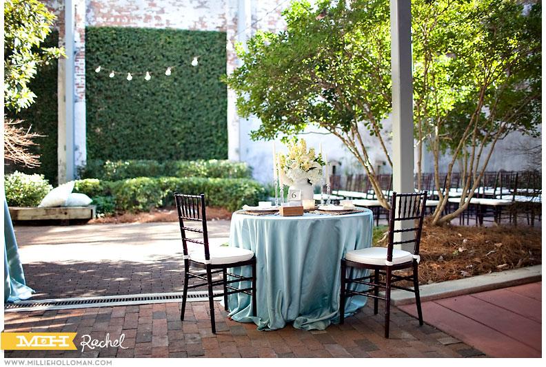 courtyardscobblestones017.jpg