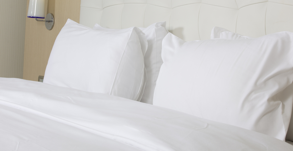 Picture Of White Hotel Bed Sheets