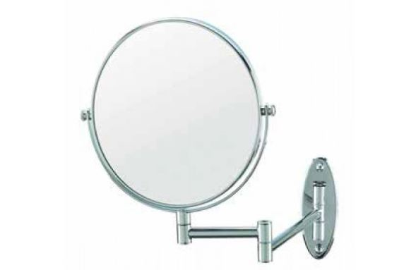 picture of hotel makeup mirror