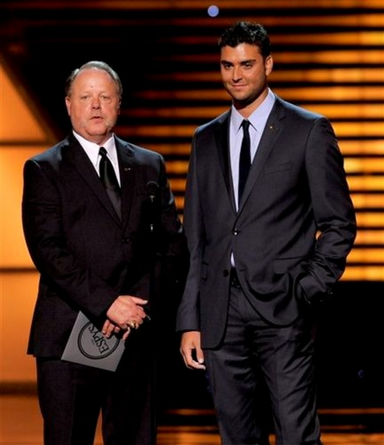 Galarraga and umpire Jim Joyce presenting the  Best Moment in Sports  Award at ESPN's Espy Awards Show