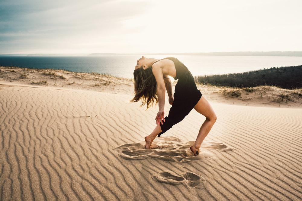 Rae-Sleeping-Bear-Sand-Dunes-Michigan-Photo-Shoot_9.JPG