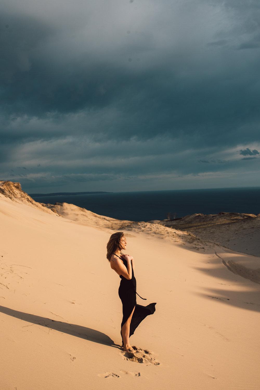 Rae-Sleeping-Bear-Sand-Dunes-Michigan-Photo-Shoot_18.JPG