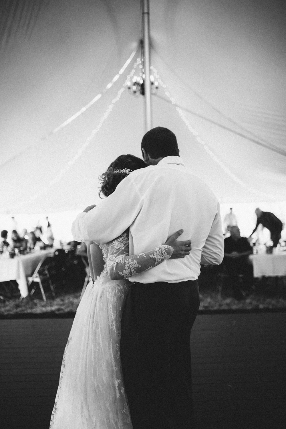 Ashley-and-Michael-Beaune-Woodstock-Virginia-Wedding-Shenandoah-Valley_42.JPG