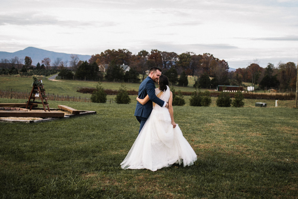 Alyssa and Jesse Winter Vineyard Wedding Luray Virginia Shenandoah Valley Faithbrooke_58.JPG