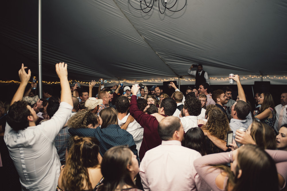 Wedding - Wedding Reception Pictures - Luray - Virginia - White Sails Creative - White Sails Photography - Black and White - Party pictures - Celebration Photos - Dancing - Fun_7.jpg