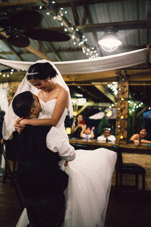 White Sails Photography Wedding Reception Photos Luray Virginia_19.JPG