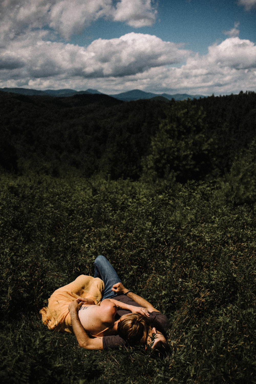 Justyn and Cj - Boone North Carolina - Blue Ridge Mountains - Adventure Couple Session - White Sails Creative_13.JPG