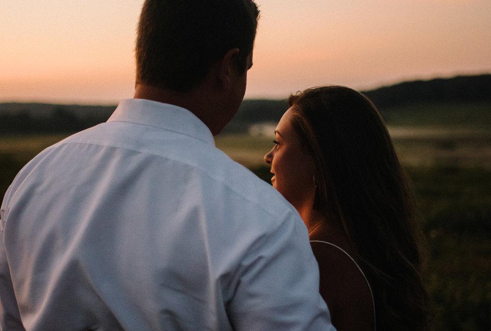 Erin and Matt - Shenandoah National Park Adventurous Sunrise Engagement Couple Photos - White Sails Creative_4.JPG