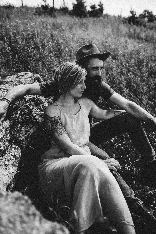 Justyn+and+Cj+Blue+Ridge+Mountain+Couple+Shoot+Boone+North+Carolina+White+Sails+Photography.jpg